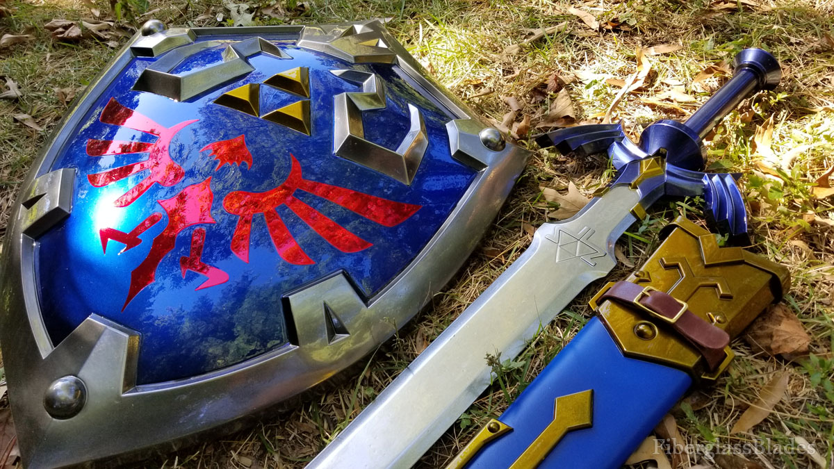 Zelda Skyward Sword - Breath of the Wild Master Sword and Hylian shield cosplay replica prop